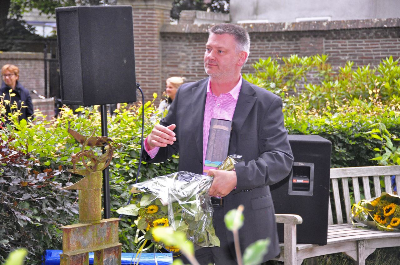 2013-07-03-Song of Solomon-IndeHof-15w1280